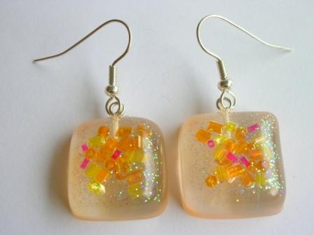 Colourful bead earrings (orange/yellow)