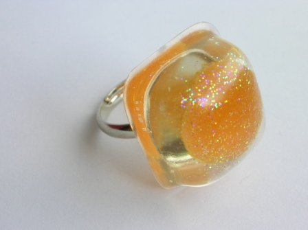 Jelly tot sweet ring (square and orange)