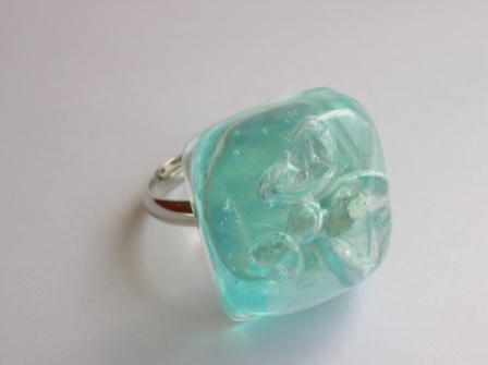 Recycled bubble wrap ring